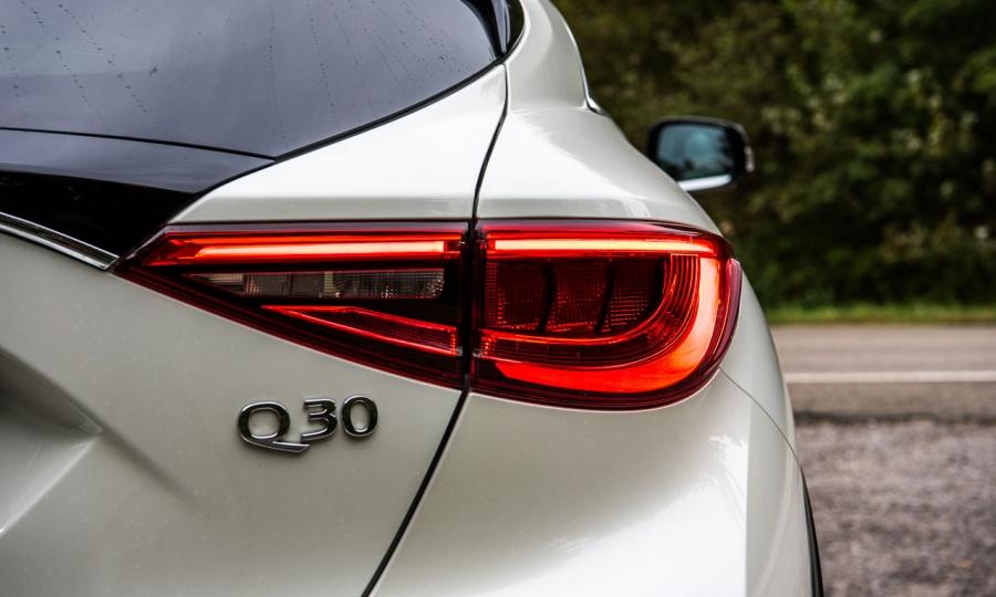 Infiniti Q30 2.2 Diesel