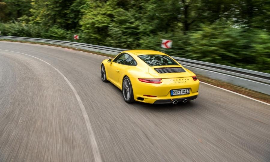 Porsche 911 Carrera S im Fahrbericht