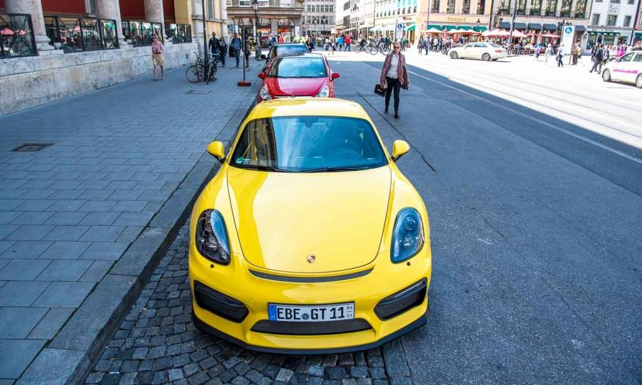 Porsche Cayman GT4 in München