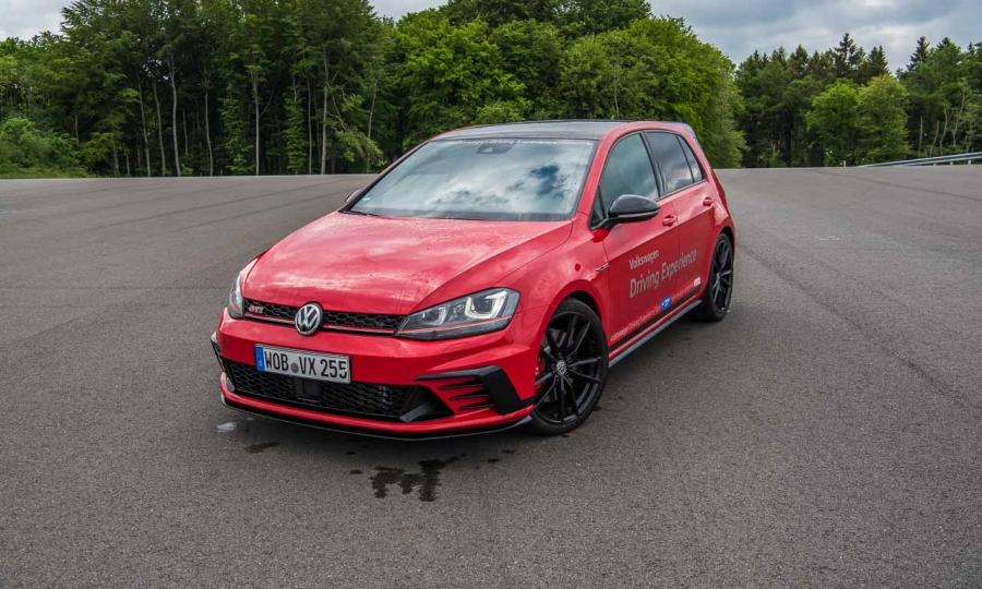 VW Golf GTI Clubsport auf dem Bilster Berg im Test