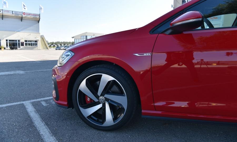VW Golf GTI Performance im Test