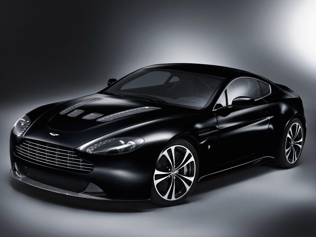 Aston Martin V12 Vantange (2011)