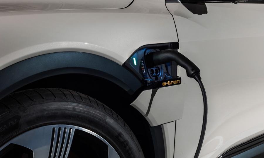 Audi-e-tron-2019-Premiere-Review-Test-Erste-Bilder-AUTOmativ.de-Benjamin-Brodbeck-11