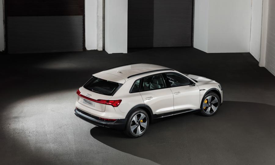 Audi-e-tron-2019-Premiere-Review-Test-Erste-Bilder-AUTOmativ.de-Benjamin-Brodbeck-9