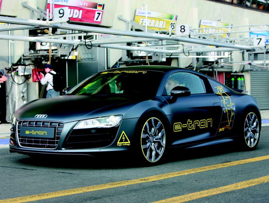 Audi R8 E Tron 2010
