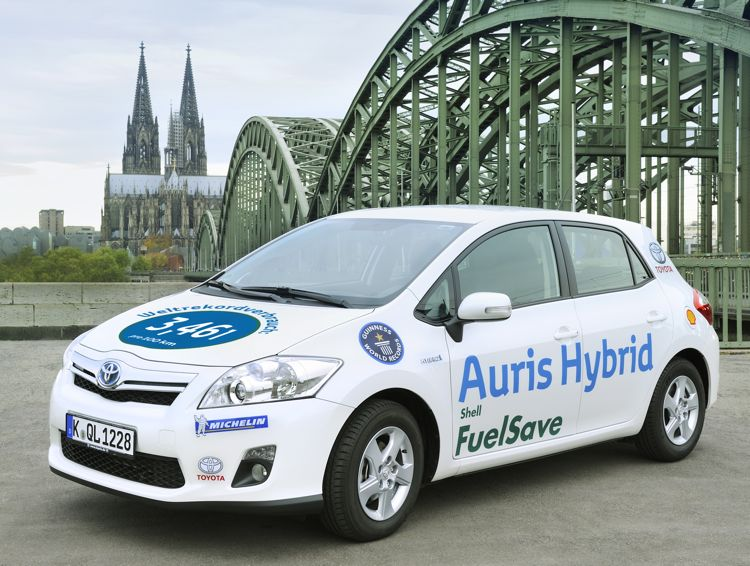 Auftakt Des Fia Alternative Energies Cup Rallye Monte Carlo Mit Toyota Auris Hybrid