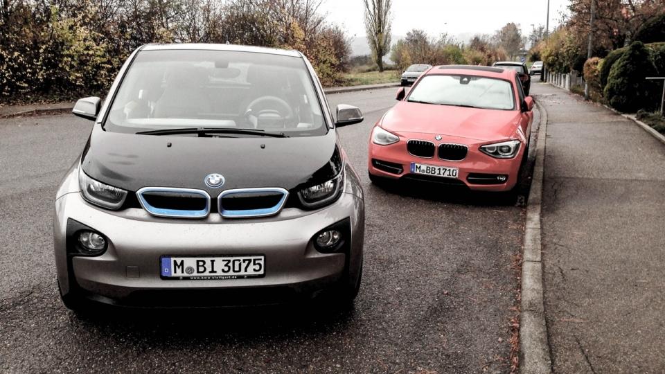 BMW i3 (2014) und BMW 120d (2013)