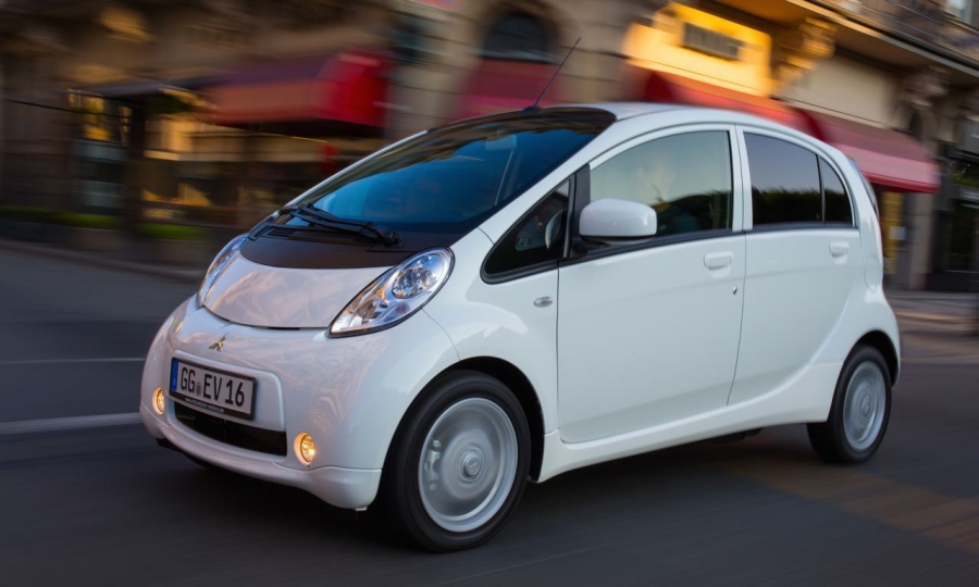 TOP 4: Mitsubishi iMiEV/Peugeot iOn/Citroen C-Zero ab 23.790 Euro.