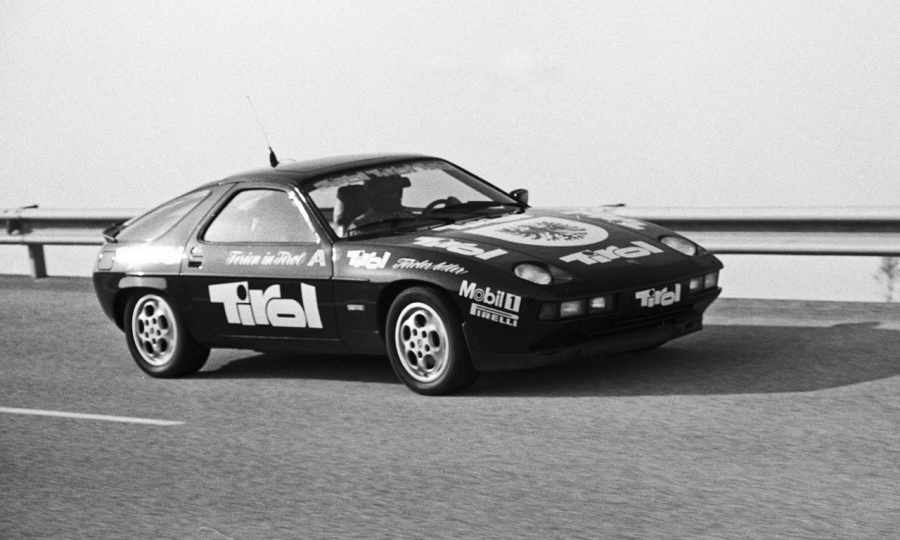 Rekordfahrt eines Porsche 928 S im Jahr 1982 in Nardò