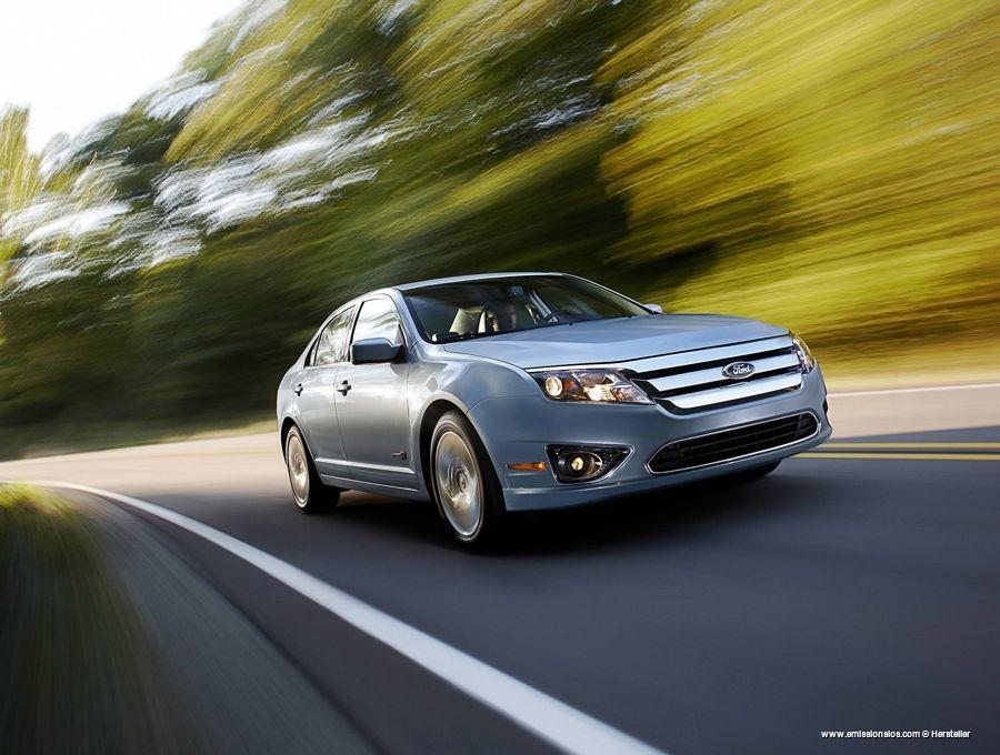 Ford Fusion Hybrid 2009