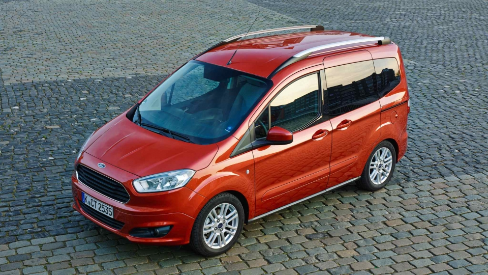 Ford Tourneo Courier (2014)