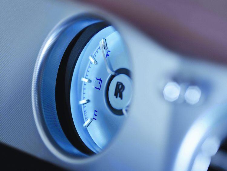 Genf 2011 Auch Die Nobelmarke Rolls Royce Zeigt Ein Elektroauto