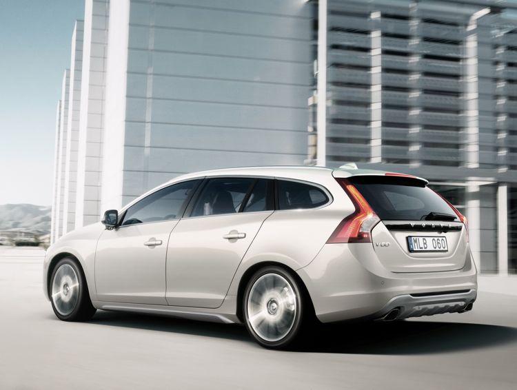 Genf 2011 Der Plugin Hybrid Aus Schweden Kommt Zum Autosalon