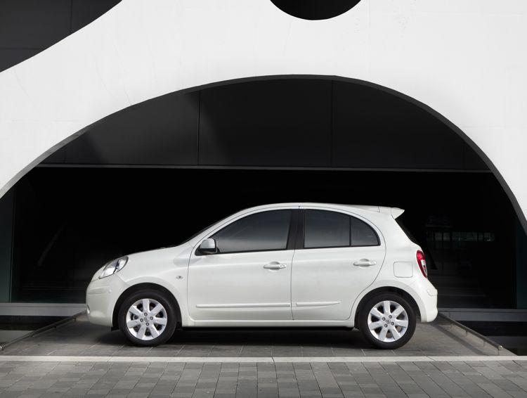 Genf 2011 Nissan Micra Mit Sparsamen Benzinverbrauch