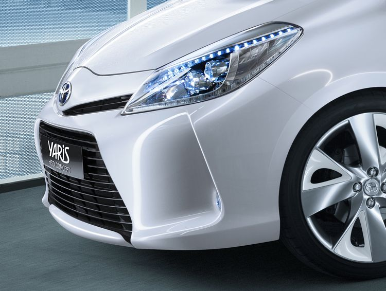 Genf 2011 Toyota Yaris Hsd Concept Hybrid