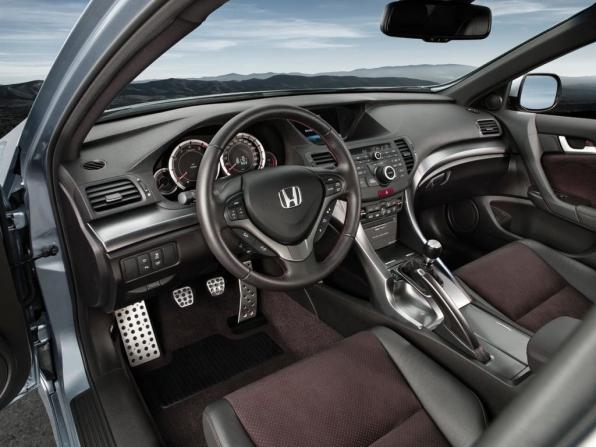 Honda Accord (2012)