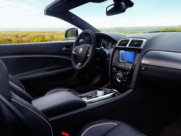 Jaguar XKR-S (2012)