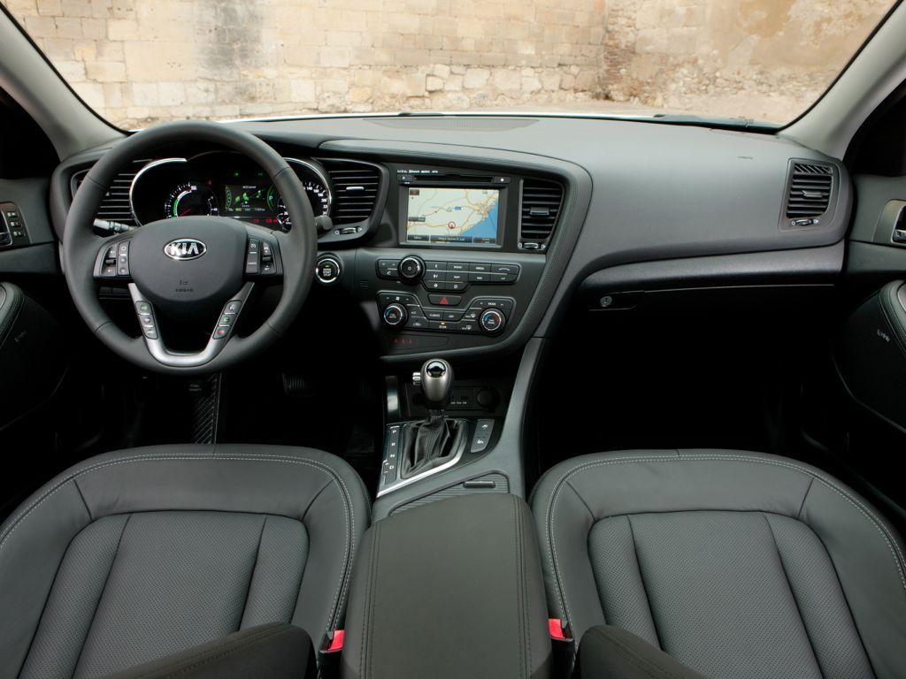 Kia Optima Hybrid (2013)