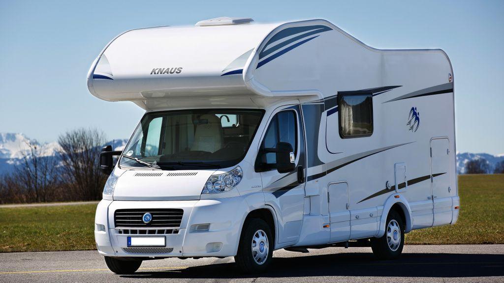 Knaus- Sky Traveller 600 DKG (2014)