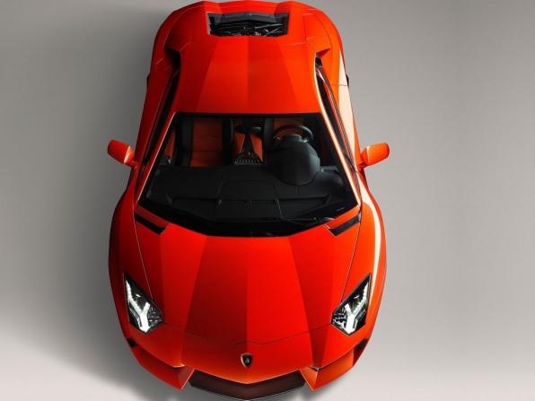 Lamborghini Aventador LP700-4 (2012)