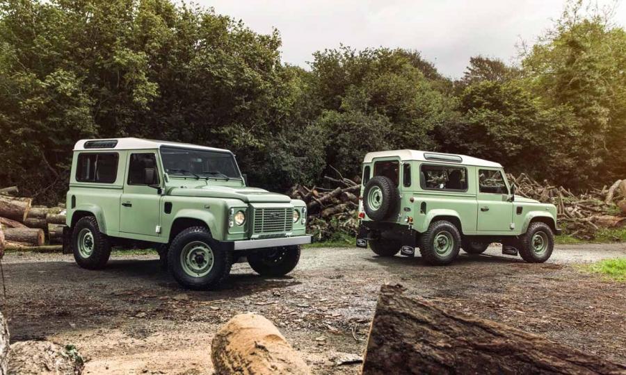 Land Rover Defender Sondermodelle Heritage, Autobiography und Adventure
