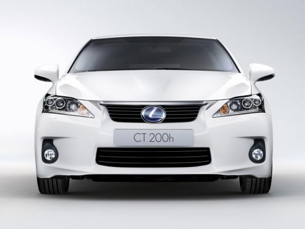 Lexus CT 200h (2012)