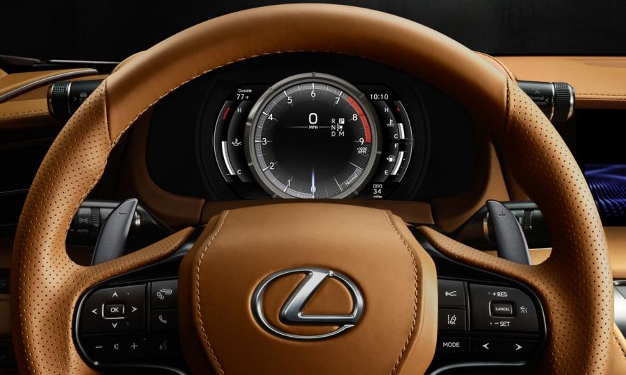 Lexus LC 500 (2017)