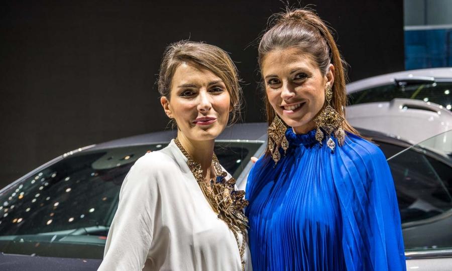 Mädels Genfer Autosalon 2016