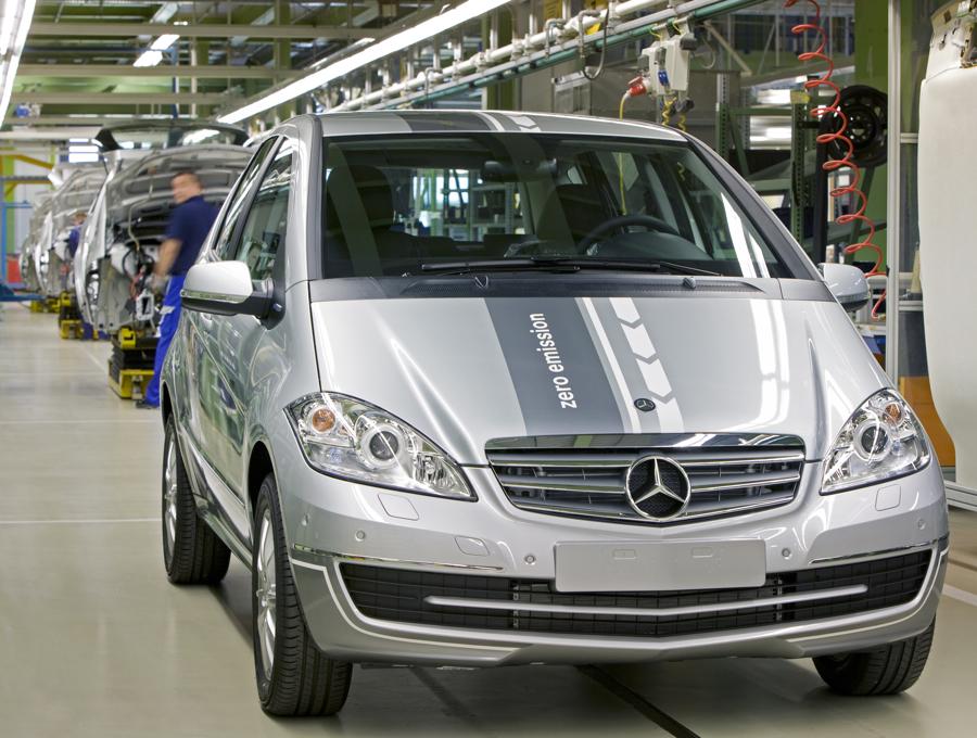 Mercedes A Klasse E Cell Auf Dem Pariser Autosalon 2010