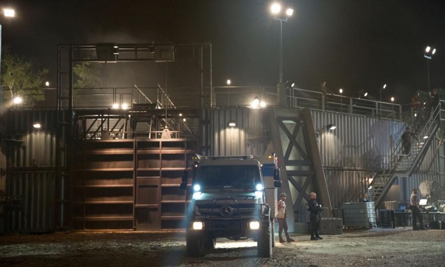 Der Mercedes-Benz Unimog am Set von Jurassic World. // The Mercedes-Benz Unimog on location at the set of Jurassic World.