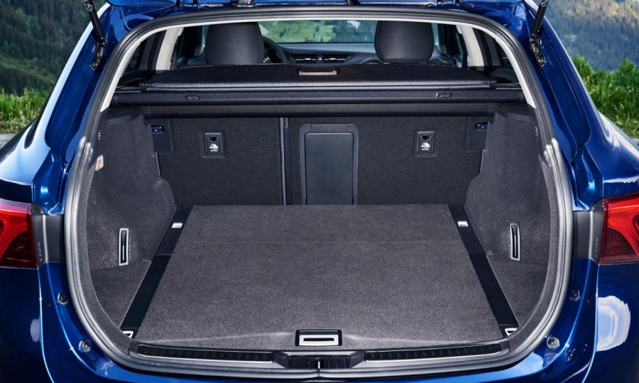 Bilder vom neuen Toyota Avensis