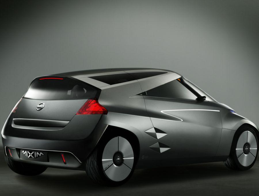 Nissan Mixim 2009