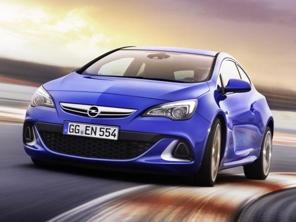 Weltpremieren Opel Mokka und Opel Astra OPC