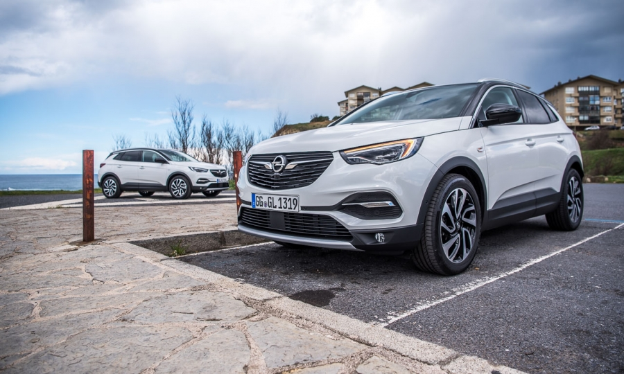 Opel Grandland X 2.0 Turbo