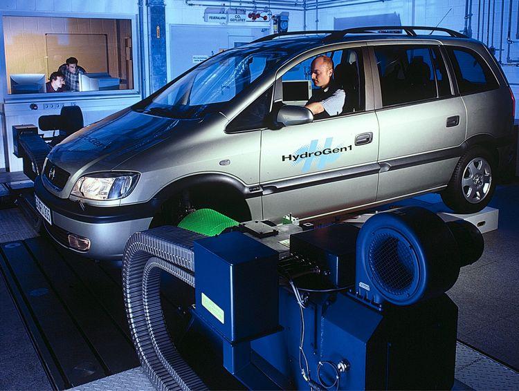 Opel Hydrogen 1 2000
