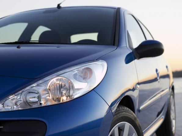 Peugeot 206+ (2012)