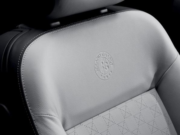 Peugeot 207 CC (2012)