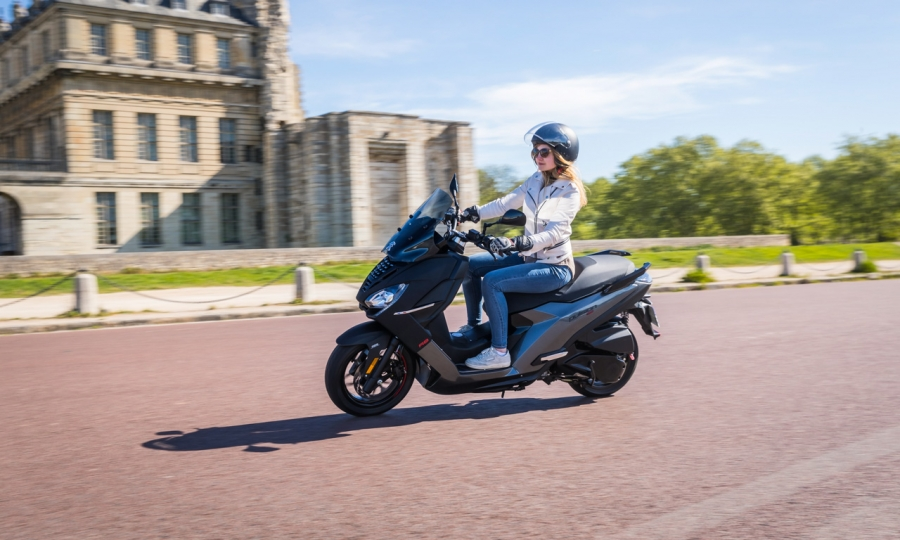 Der neue Peugeot Pulsion Roller