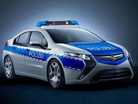 Polizei Elektroauto Opel Testet Den Ampera Als Streifenwagen