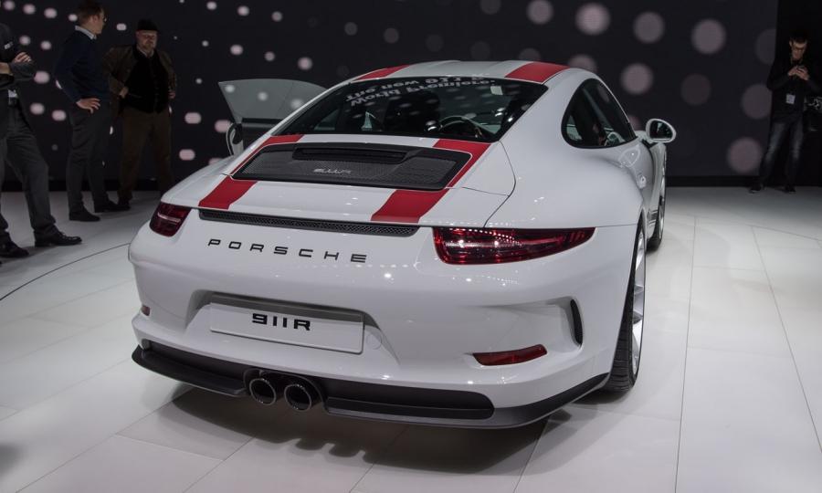 Porsche 911 R auf dem Autosalon Genf 2016