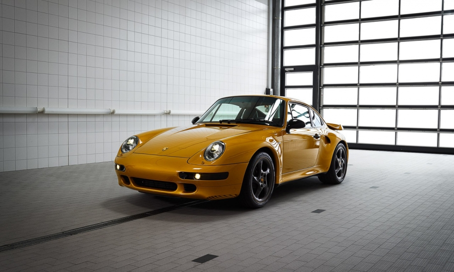 "Porsche 993 Turbo S ""Project Gold"""