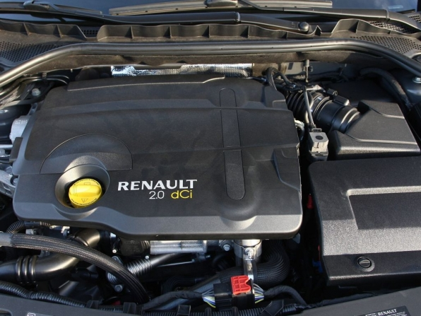 Renault Latitude (2012)