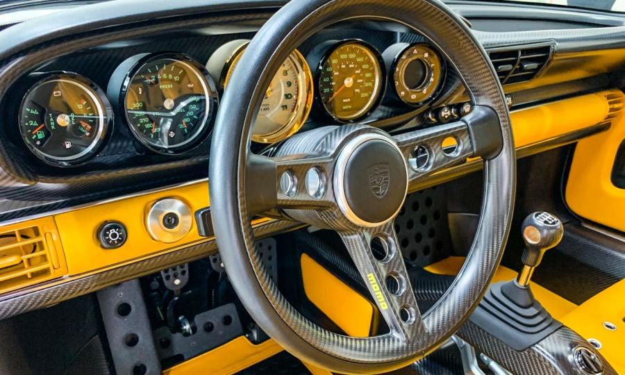 Porsche 911 Carrera reimagined - Singer 911 DLS
