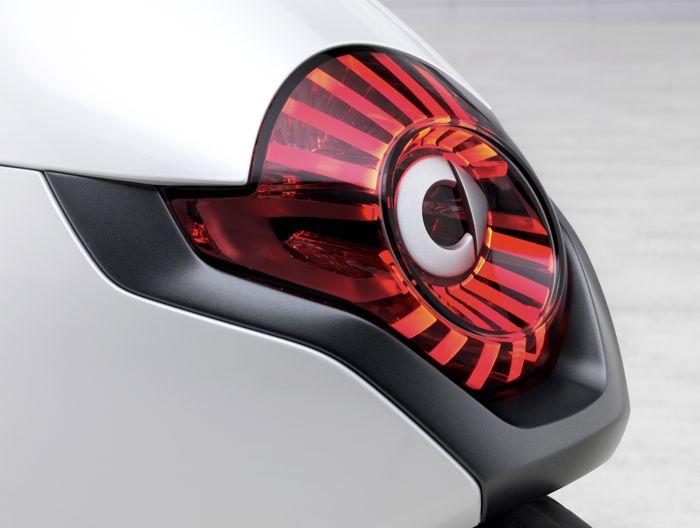 Smart Elektroroller Auf Dem Pariser Autosalon 2010