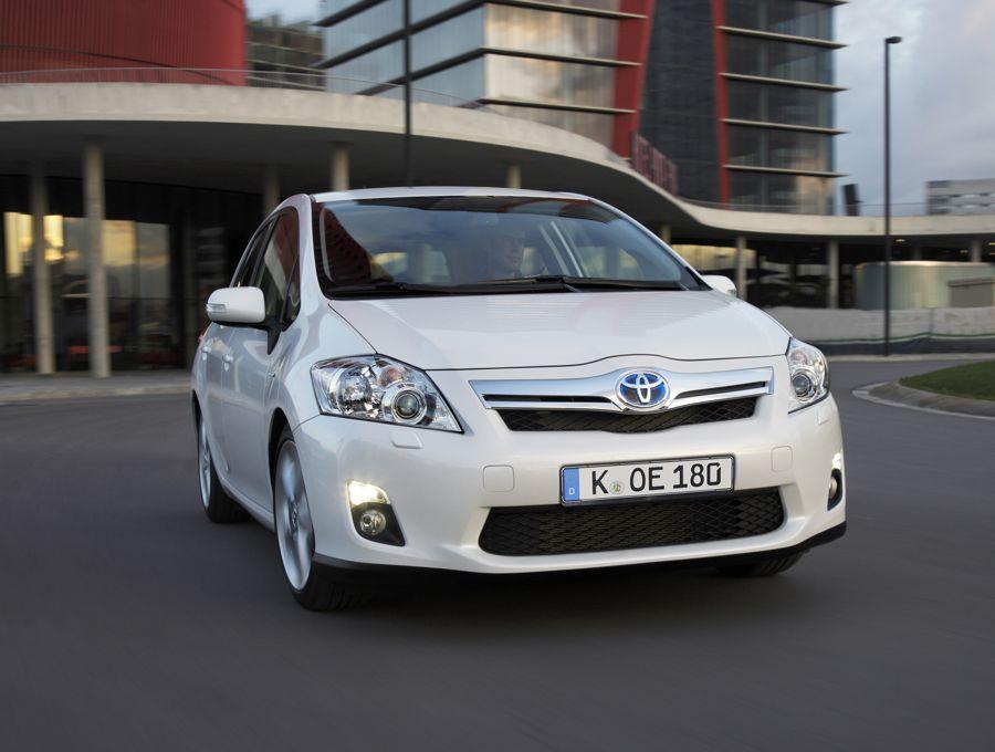 Toyota Auris Hybrid 2010