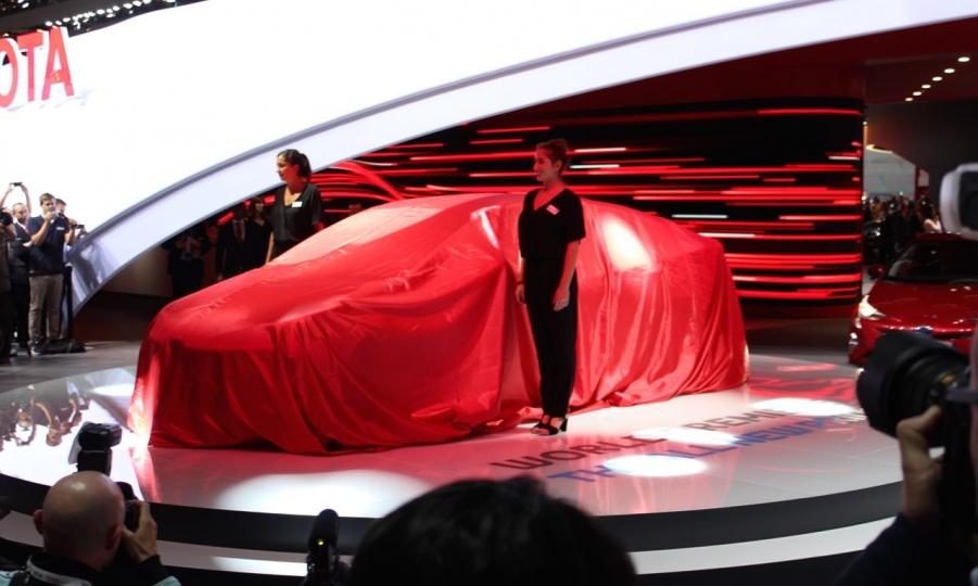 Toyota Prius (2016)