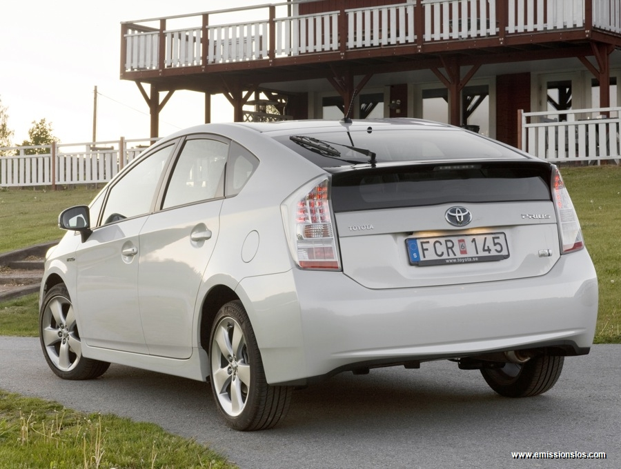 Toyota Prius Mit Verkaufsrekord In Japan
