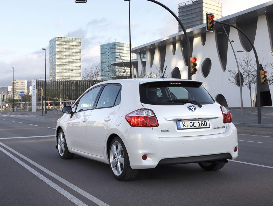 Verkaufsstart Toyota Auris Hybrid Ab Einem Preis Von 22950 Euro