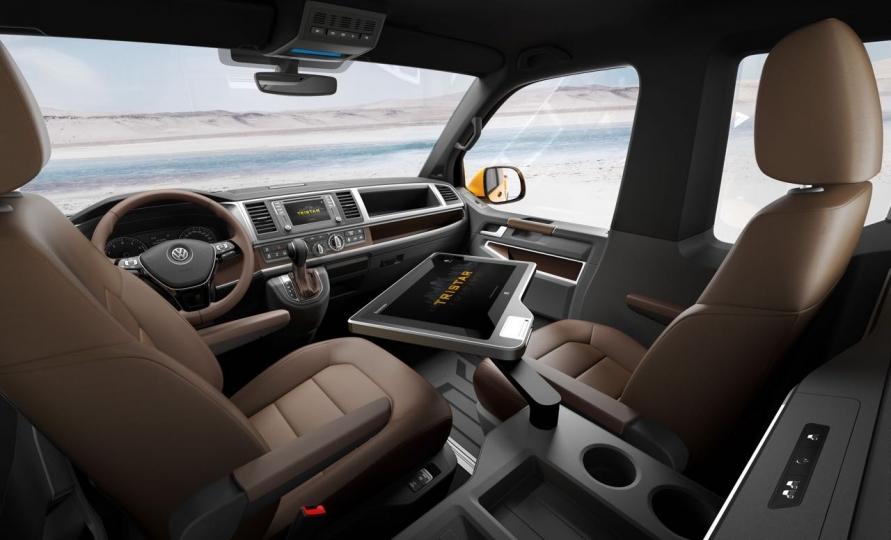 volkswagen bus t6 aufr stung gegen mercedes v klasse ab. Black Bedroom Furniture Sets. Home Design Ideas