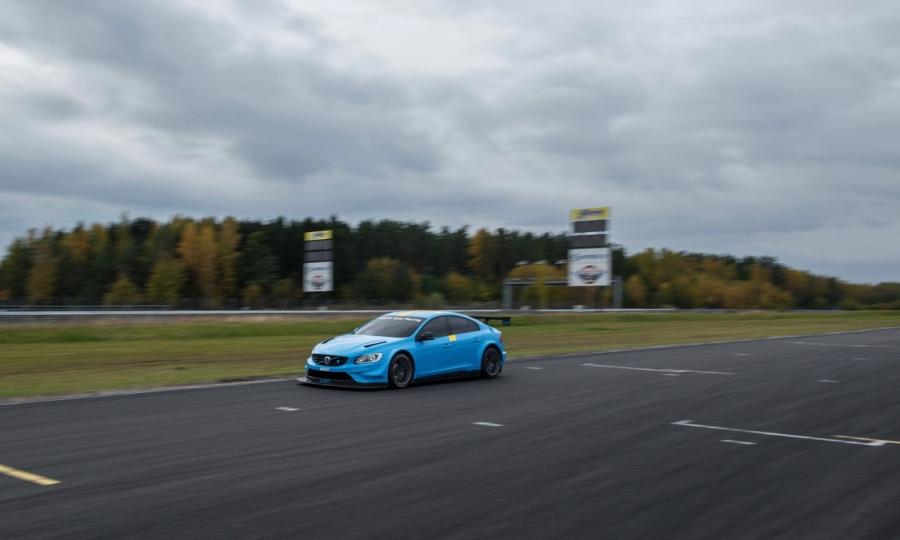 Polestar Cyan Racing startet mit zwei Volvo S60 Polestar in der WTTC